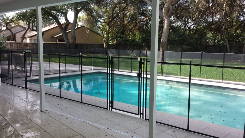 Pool Safety Fence in Gibsonton